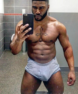 Muscled black guys show their selfies